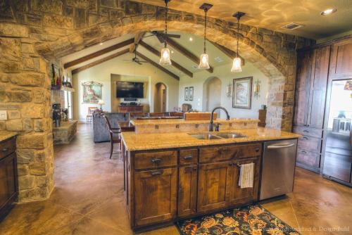 Blackland Prairie Kitchen 4
