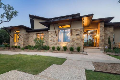 Contemporary Texas Hill Country Front